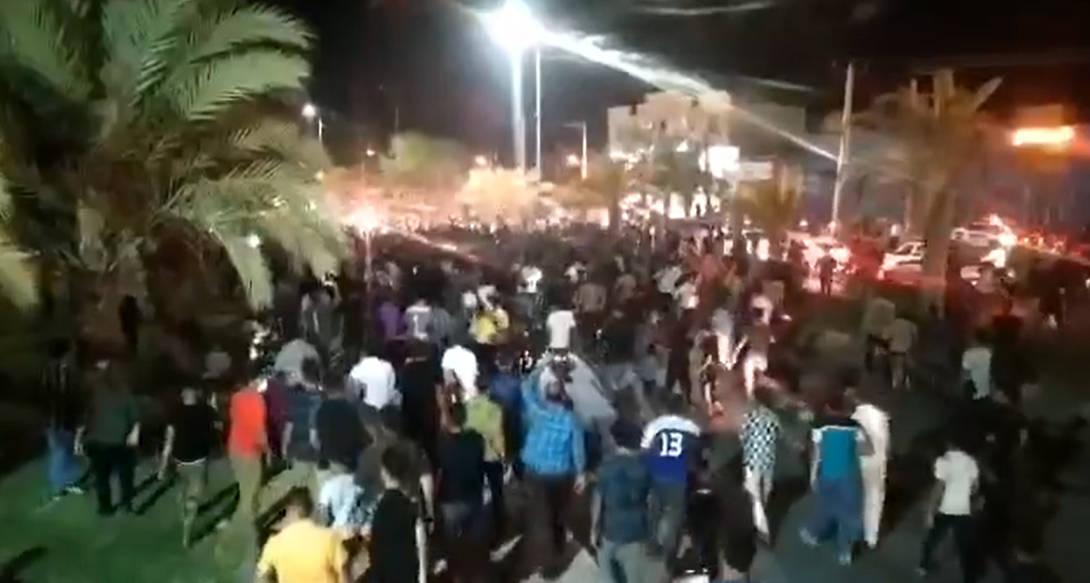 اعتراضات خوزستان، شب دوم؛ دست کم سه تن در این شب به دست ماموران رژیم کشته شدند